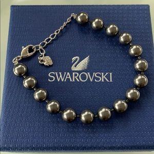 SWAROVSKI bracelet with black pearl beads